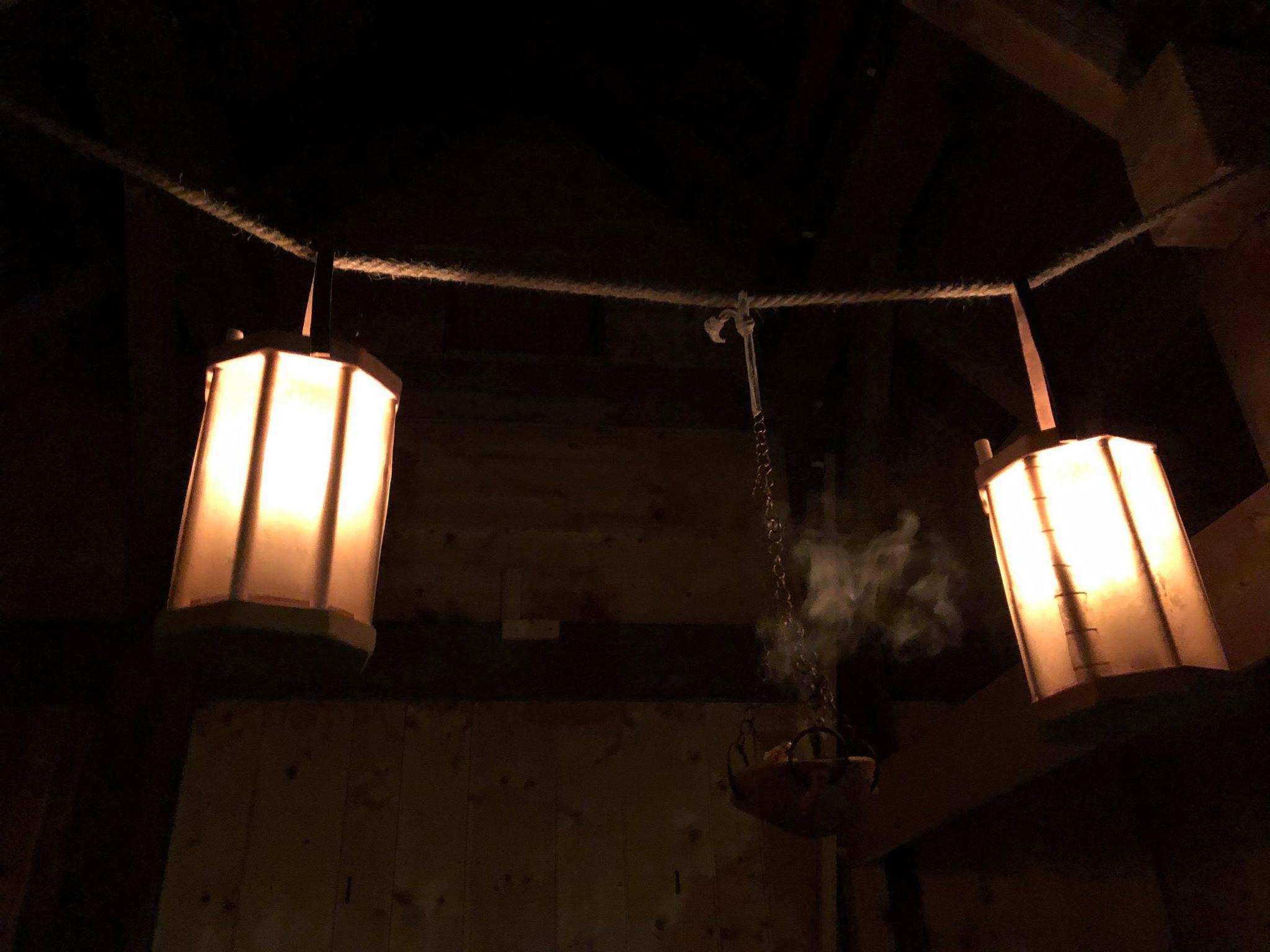 incense and lanterns 02