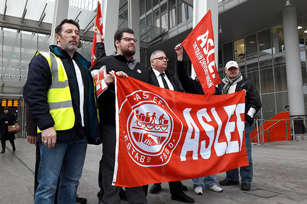 aslef protest