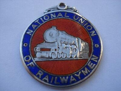 nur badge 2