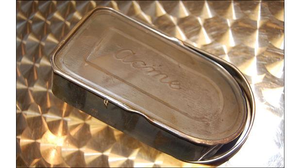 snap tin